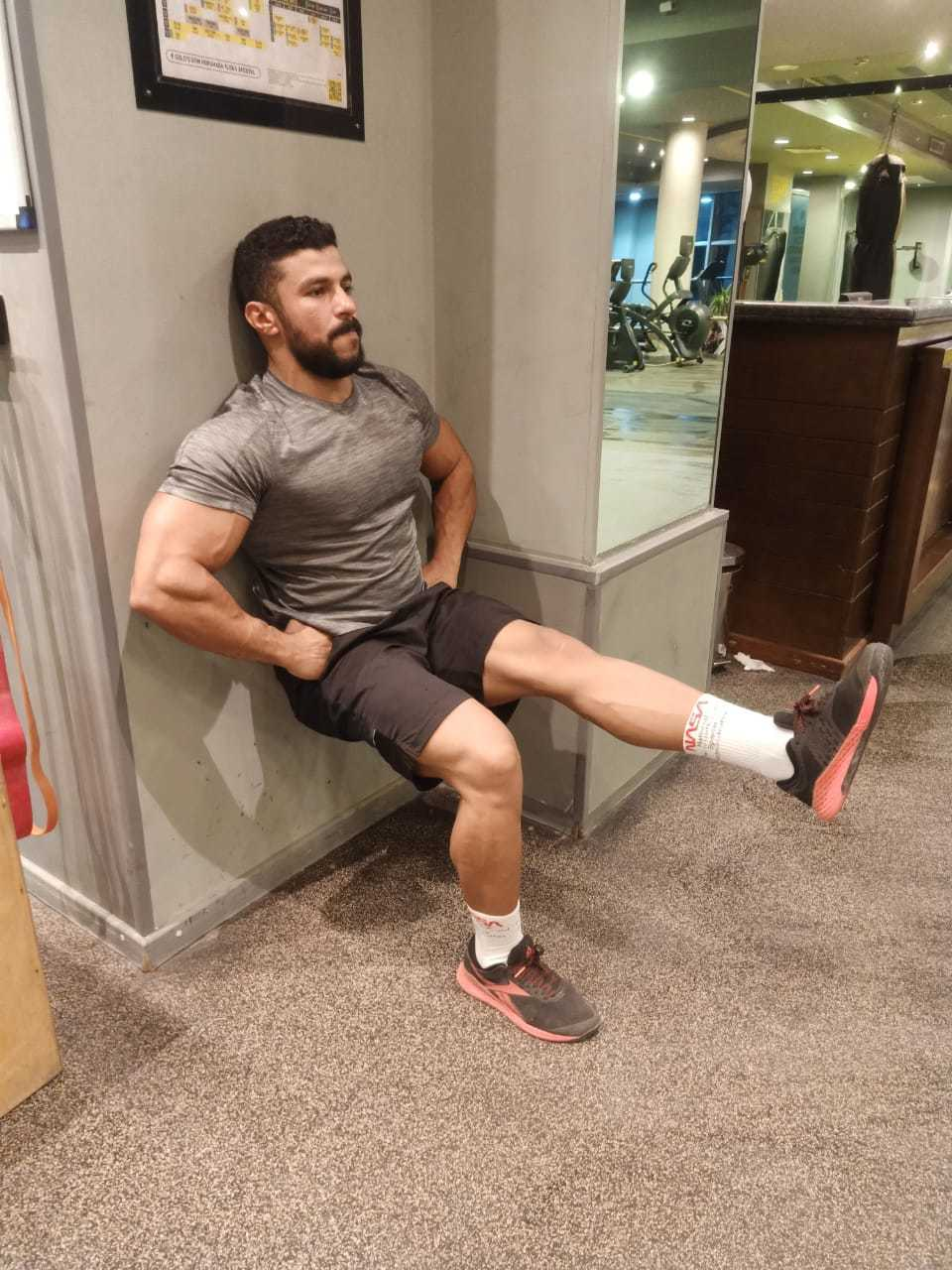 single leg wall sit benefit